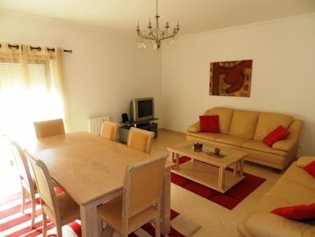 Image 2, 3 Bedroomed Apartment : GA169