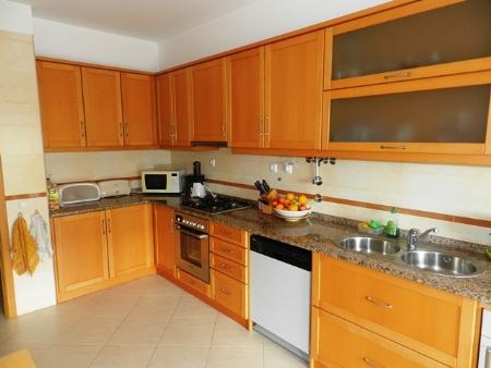 Image 3, 3 Bedroomed Apartment : GA169