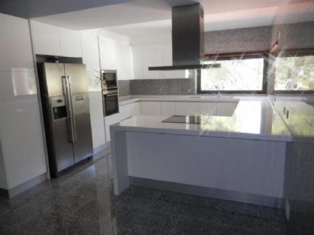 Image 3, 4 Bedroomed Villa : AV1358
