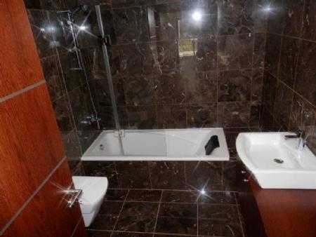 Image 6, 4 Bedroomed Villa : AV1358