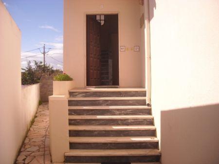 Image 2, 4 Bedroomed Villa : AV1229