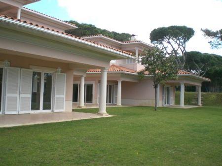 Image 5, 5 Bedroomed Villa : AV1052