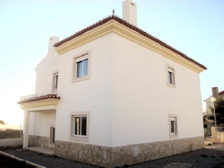 Image 2, 4 Bedroomed Villa : AV413