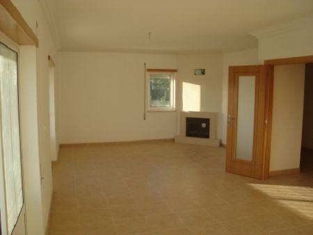 Image 3, 4 Bedroomed Villa : AV413