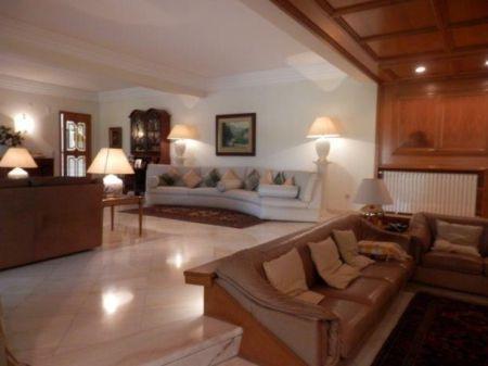 Image 5, 5 Bedroomed Villa : AV1226