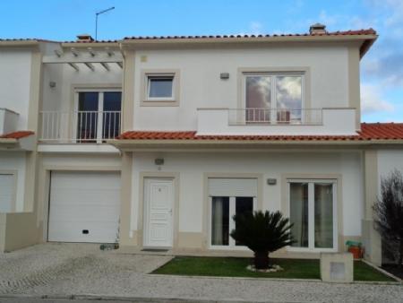 Image 1, 3 Bedroomed Villa : AV1423