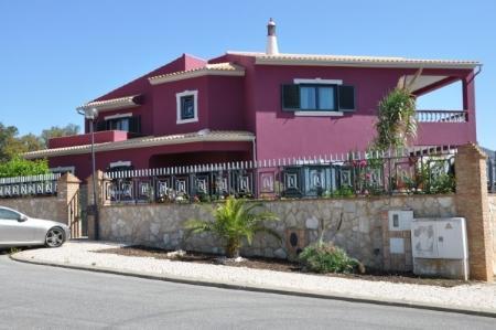 Image 1, 4 Bedroomed Villa : CV1661