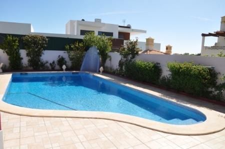 Image 2, 4 Bedroomed Villa : CV1661