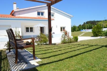 Image 1, 5 Bedroomed Villa : AV1596