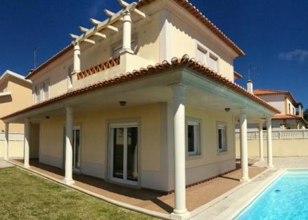 Image 1, 4 Bedroomed Villa : AV1445