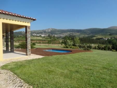 Image 1, 4 Bedroomed Villa : AV1602