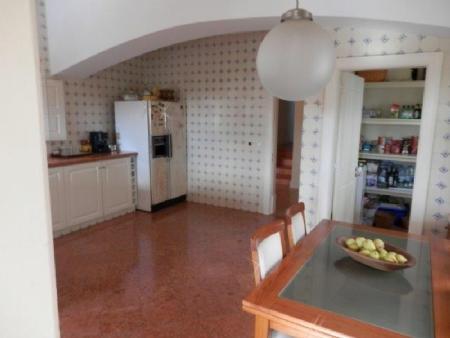 Image 5, 5 Bedroomed Villa : AV1599