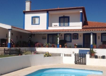 Image 1, 5 Bedroomed Villa : AV1609
