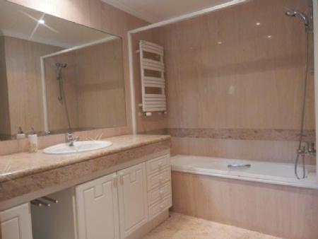 Image 11, 5 Bedroomed Villa : AV1614