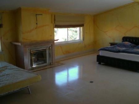 Image 6, 6 Bedroomed Villa : AV922