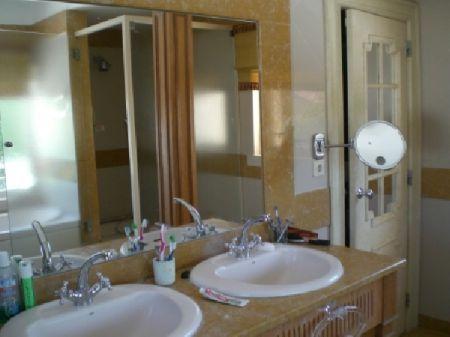 Image 9, 6 Bedroomed Villa : AV922