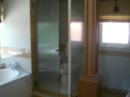 Image 10, 6 Bedroomed Villa : AV922