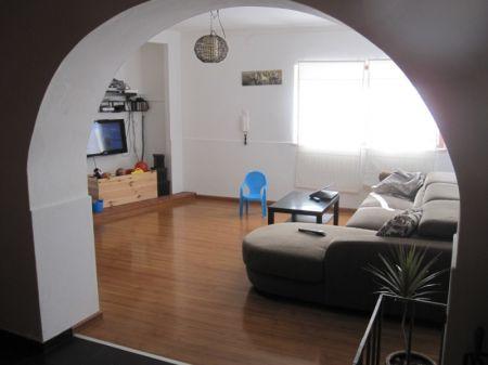 Image 3, 3 Bedroomed Villa : AV1121