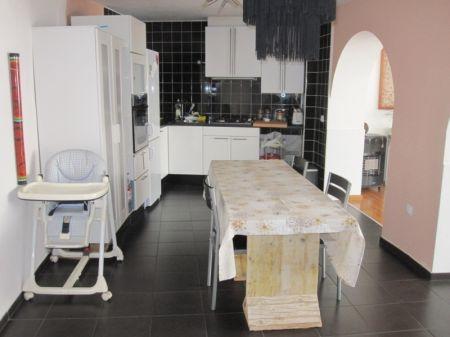 Image 5, 3 Bedroomed Villa : AV1121
