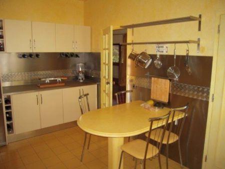 Image 4, 6 Bedroomed Villa : AV1181
