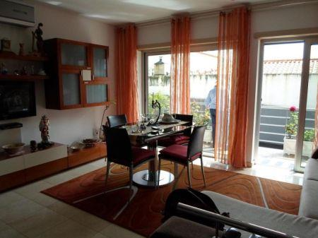Image 3, 2 Bedroomed Apartment : AA188