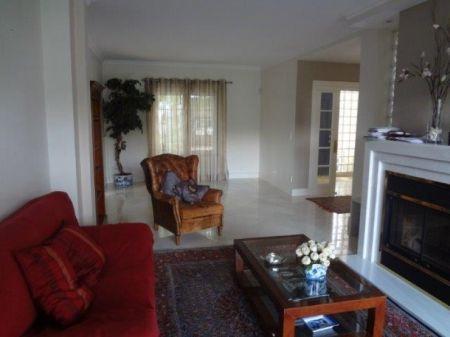 Image 4, 6 Bedroomed Villa : AV1225