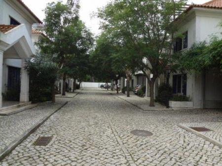 Image 6, 6 Bedroomed Villa : AV1225