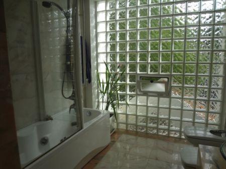 Image 21, 6 Bedroomed Villa : AV1225