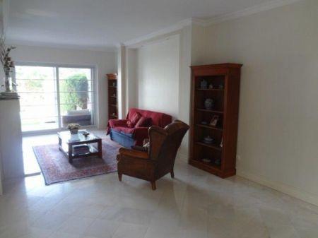 Image 22, 6 Bedroomed Villa : AV1225