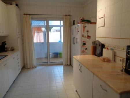 Image 8, 3 Bedroomed Villa : AV1433