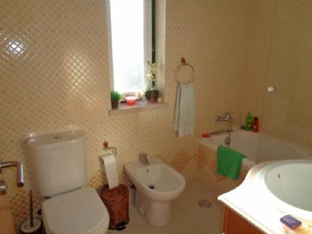 Image 15, 4 Bedroomed Villa : AV1616