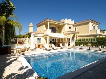 Image 1, 4 Bedroomed Villa : DV6124