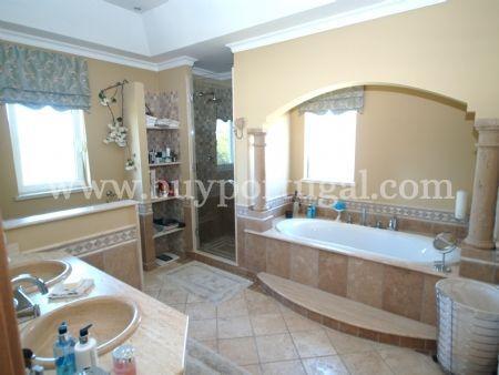 Image 4, 4 Bedroomed Villa : DV6124