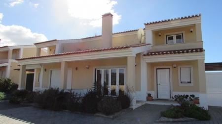 Image 3, 3 Bedroomed Villa : AV1620