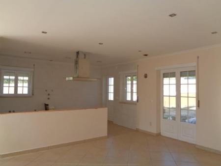 Image 5, 3 Bedroomed Villa : AV1619