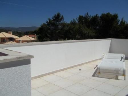 Image 2, 6 Bedroomed Villa : AV1621