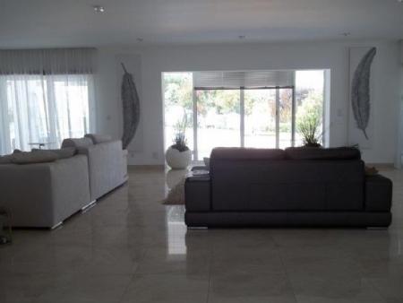Image 5, 6 Bedroomed Villa : AV1621