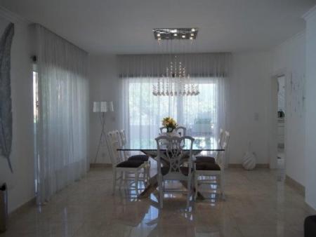 Image 6, 6 Bedroomed Villa : AV1621