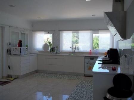 Image 7, 6 Bedroomed Villa : AV1621