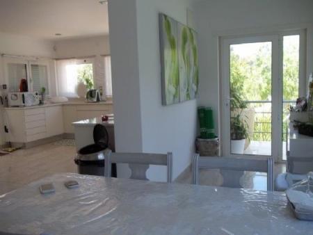 Image 9, 6 Bedroomed Villa : AV1621