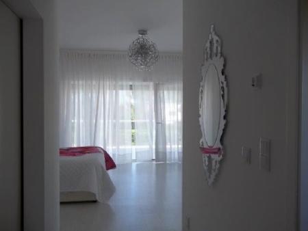 Image 12, 6 Bedroomed Villa : AV1621