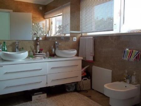 Image 14, 6 Bedroomed Villa : AV1621