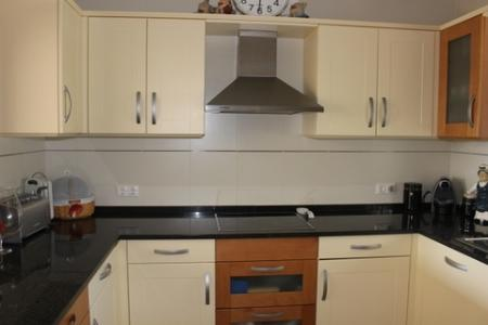 Image 5, 2 Bedroomed Apartment : PA3159