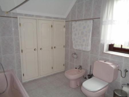 Image 23, 4 Bedroomed Villa : AV1444