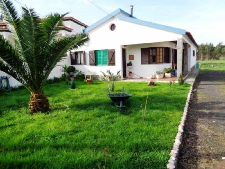 Image 1, 2 Bedroomed Villa : AV1453