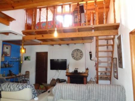 Image 3, 2 Bedroomed Villa : AV1453