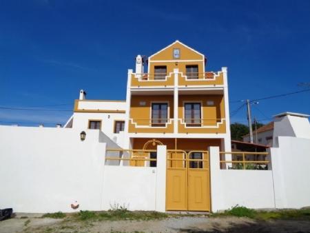 Image 1, 5 Bedroomed Villa : AV1460