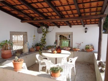 Image 4, 5 Bedroomed Villa : AV1460