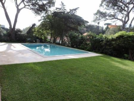 Image 9, 5 Bedroomed Villa : AV1476