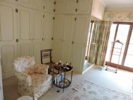 Image 12, 5 Bedroomed Villa : AV1476